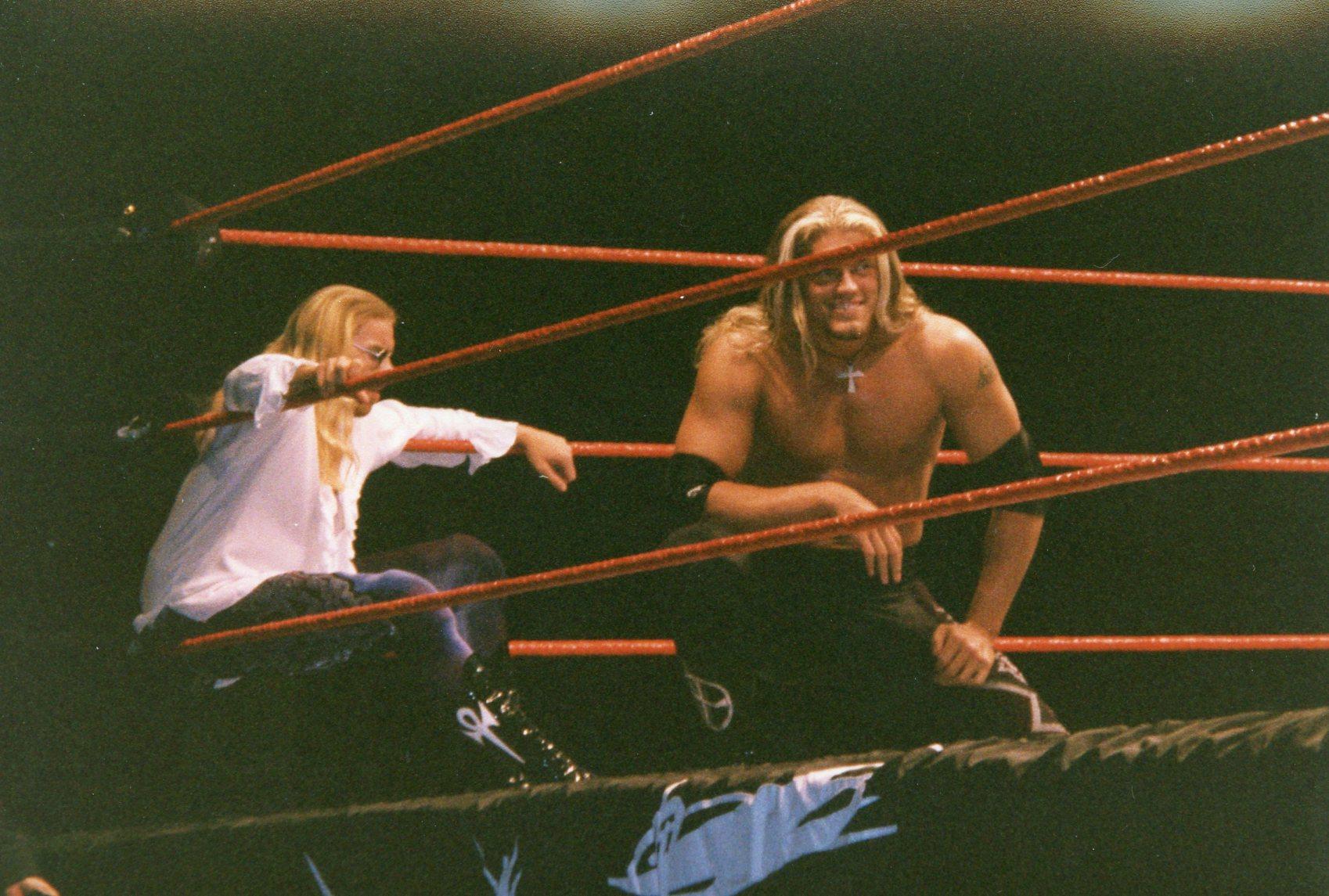 WWE_-_Newcastle_Arena_030499_(2)